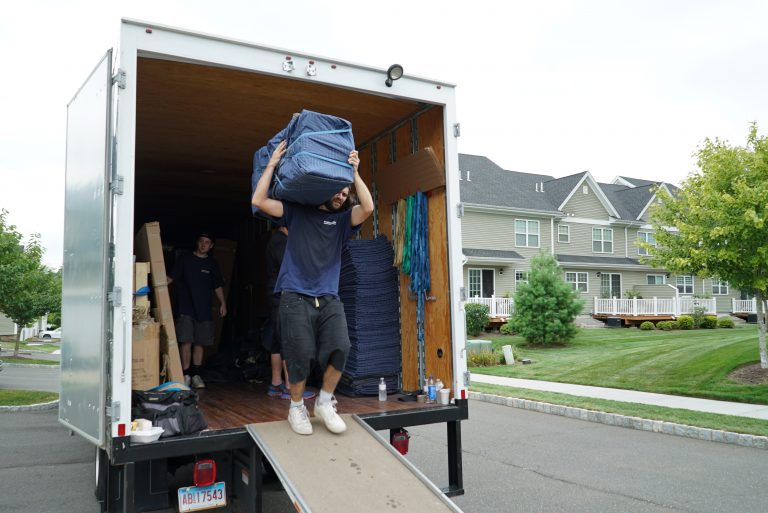 moving companies in CT